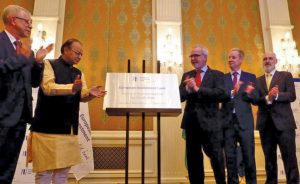 Arun Jaitley, Minister of Finance (second from left), inaugurates the EIB Regional Representation for South Asia event in New Delhi