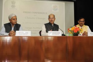 The Minister of State for Environment, Forest and Climate Change (Independent Charge), Shri Anil Madhav Dave addressing a press conference on 'Ratification of Paris Agreement – the Way Forward', in New Delhi on October 01, 2016.
