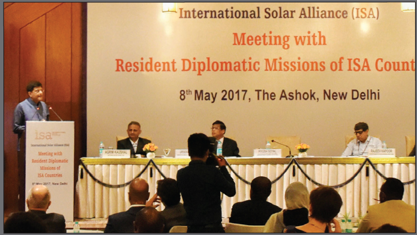 Piyush Goyal addresses the audience at the International Solar Alliance (ISA) event in New Delhi, in the presence of (from left) Agrim Kaushal, Economic Adviser; Upendra Tripathy, Former Secretary, Ministry of New and Renewable Energy (MNRE); and Rajeev Kapoor, Former Secretary, MNRE