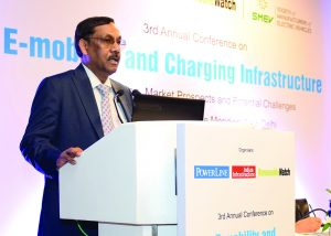 "Anil Srivastava, Mission Director, National Mission on Transformative Mobility and Battery Storage, NITI Aayog, addresses the audience at Renewable Watch's conference on ""E-Mobility and Charging Infrastructure"""
